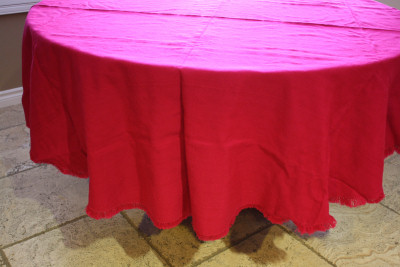 Round Mexican Pink Tablecloth 6 Napkins Close-Up