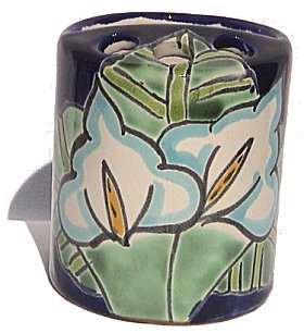 Lily Talavera Toothbrush Holder Close-Up
