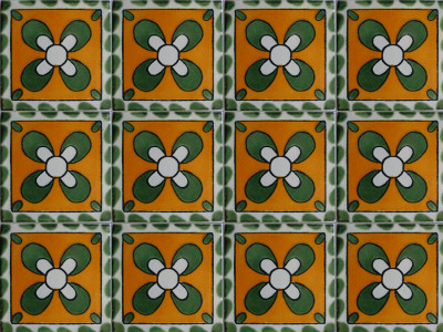 Clover Talavera Mexican Tile Close-Up